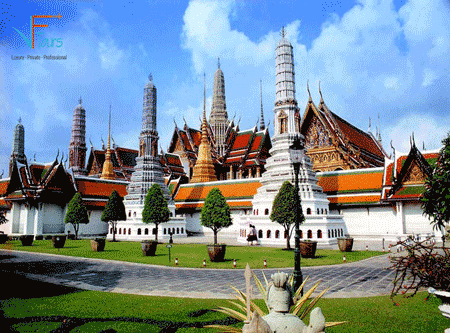 laos-royal-palace-vietflametours