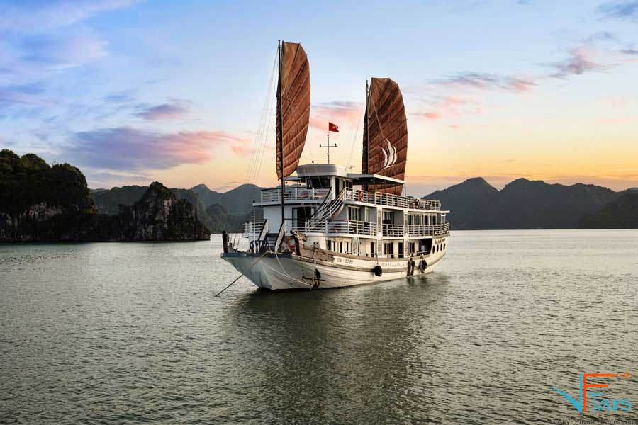 Book your Glory Legend Cruises in Halong Bay