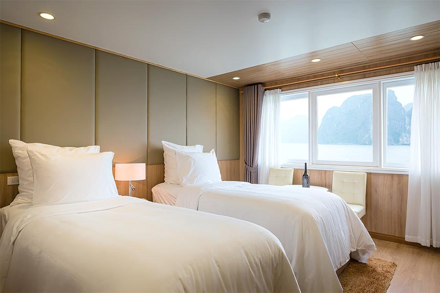 La vela Premium Cruise Halong Bay