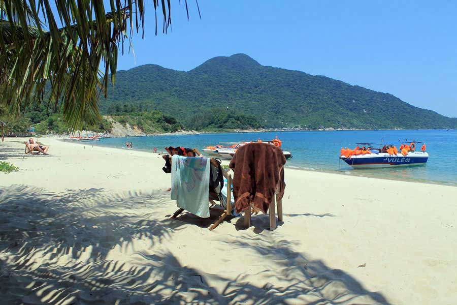 1 Day Muslim Tour in Danang to Cham Island