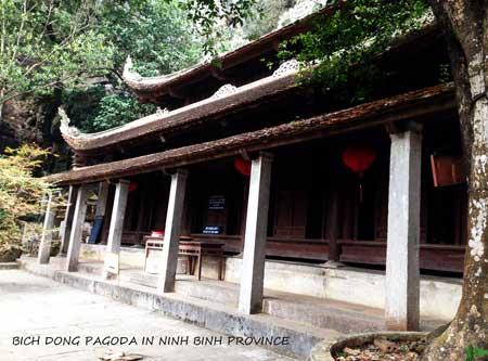 tour to bich dong pagoda