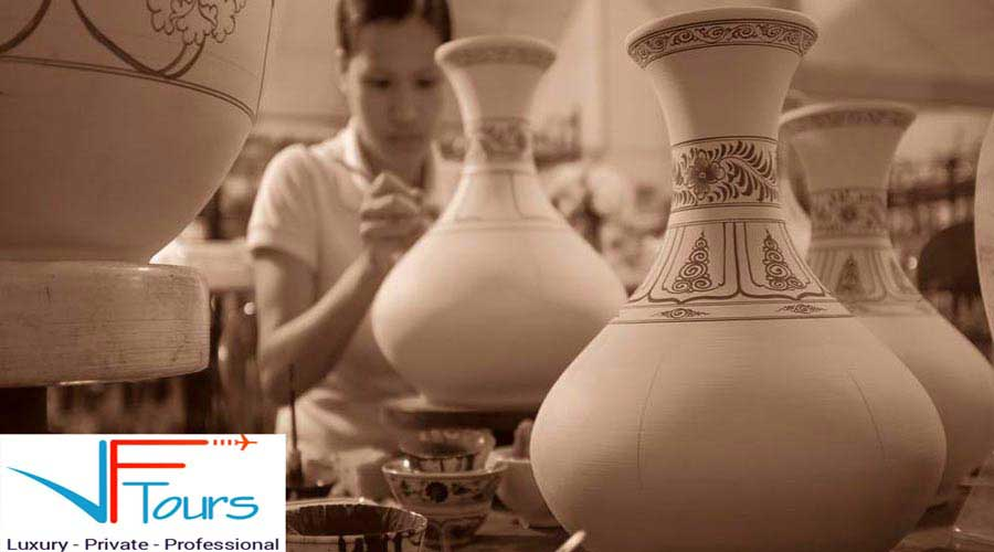 Bat Trang Pottery Village with Cooking class Tour