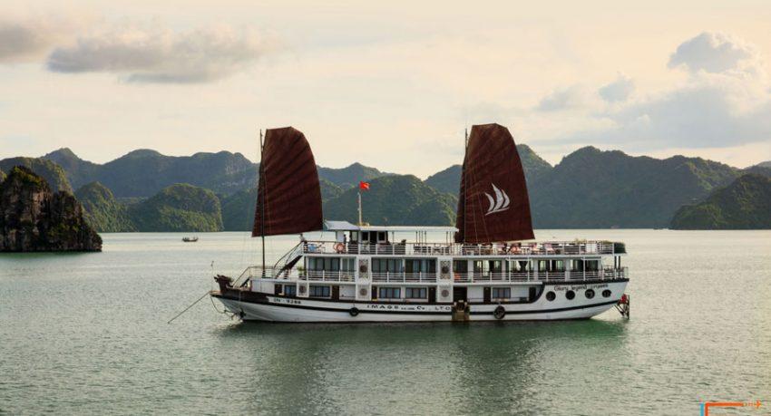 glory legend cruises halong bay