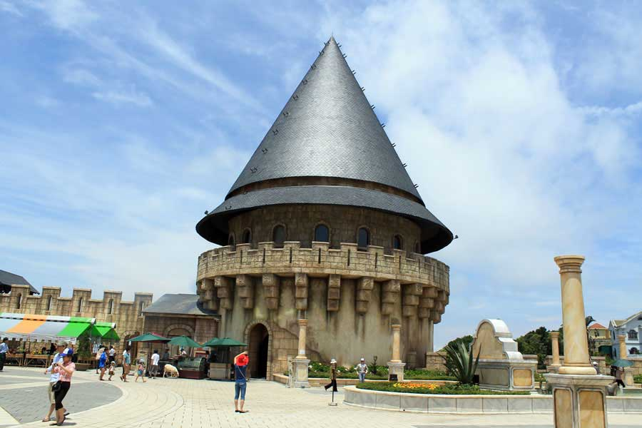 Danang Muslim 1 Day Tour to Visit Ba Na Hill